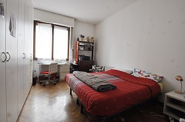 Two Bedrooms flat few steps from Piazza Cinque Giornate