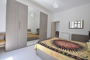 Furnished studio flat located few steps from the Bocconi Campus