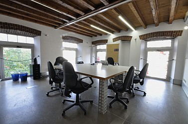 Large office space in historical building located in Brera