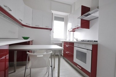 Newly renovated studio flat at the top floor