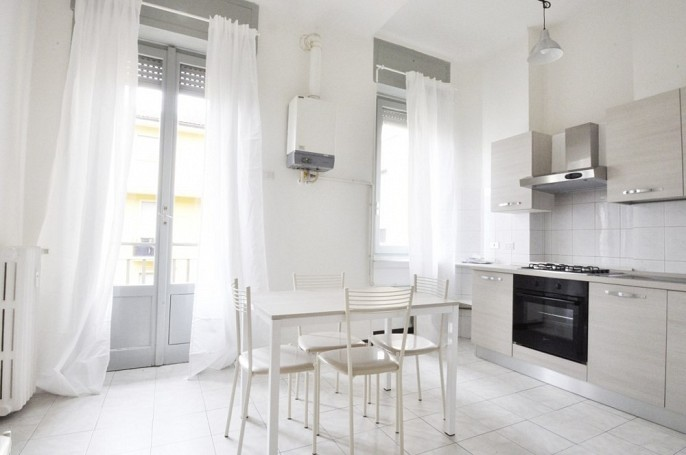 Brera Rent: Three Bedrooms Flat at few steps from Bocconi