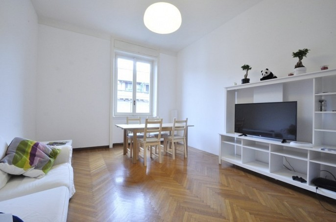 Brera Rent: Four Bedrooms Apartment few steps from Bocconi