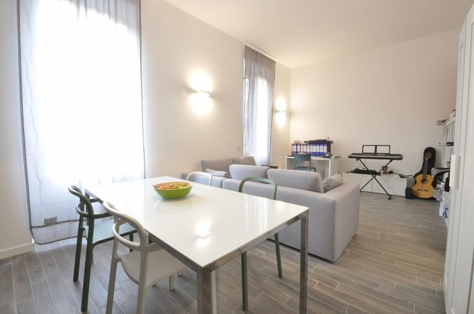 Brera Rent: Large two bedrooms flat next to MM Lodi