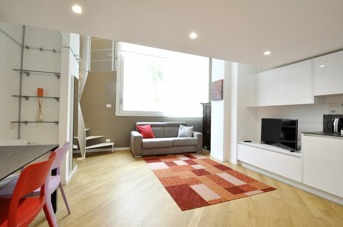 Brera Rent: Gorgeous One Bedroom Flat over two levels
