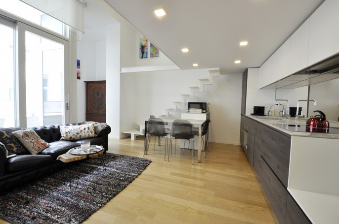 Brera Rent: Luxury One Bedroom flat with lofted studio space