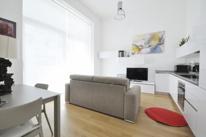 Brera Rent: One Bedroom Luxury Flat in Mecenate