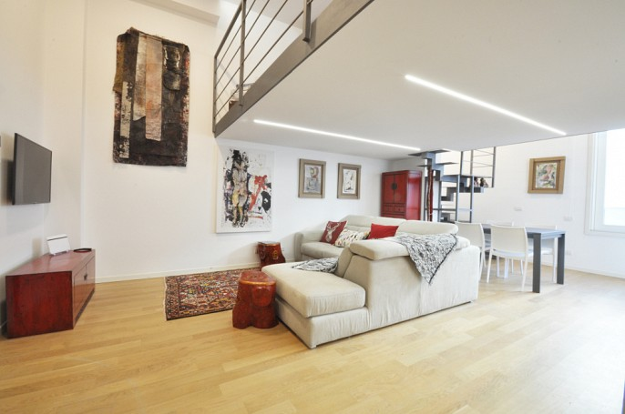 Brera Rent: Luxury One Bedroom Flat in the Cermenate Area