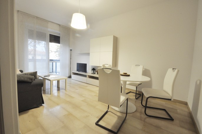 Brera Rent: Elegant One Bedroom flat with separate kitchen