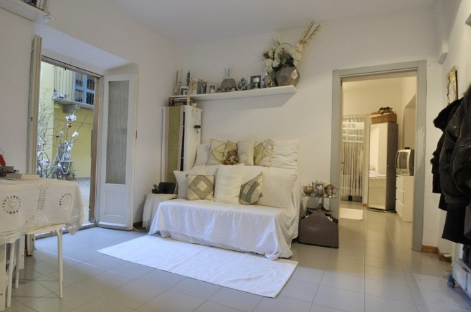 Brera Rent: Small one bedroom flat with terrace in the heart of Brera