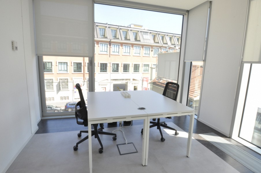 Coworking Center in a new office building located in Via Tortona