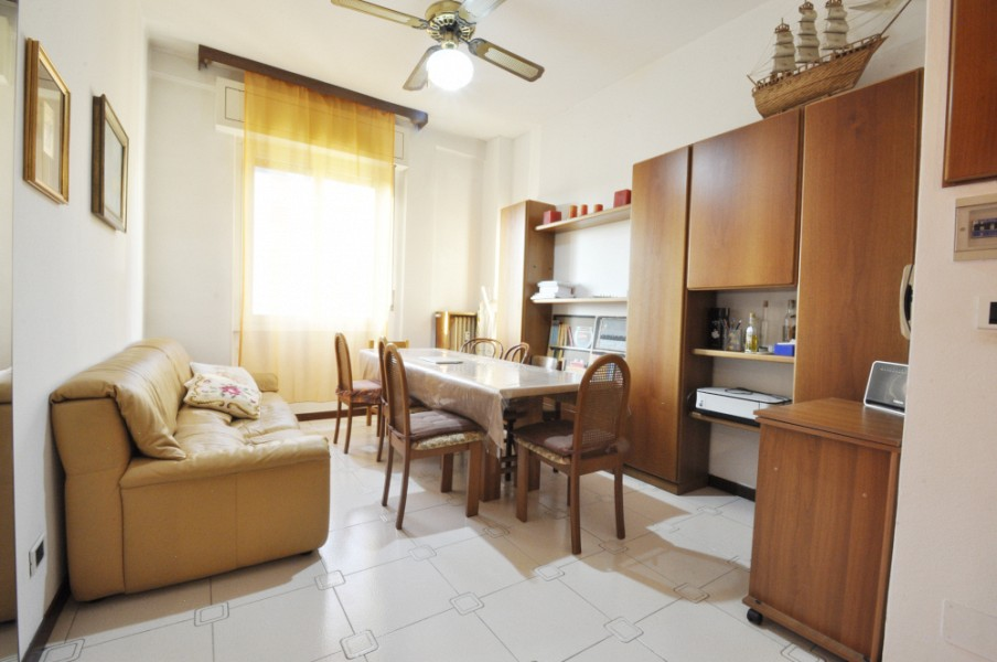 Three Bedrooms flat in Lorenteggio