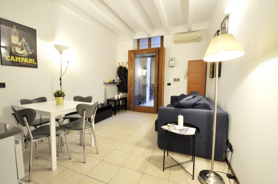 One Bedroom flat near Bocconi and NABA