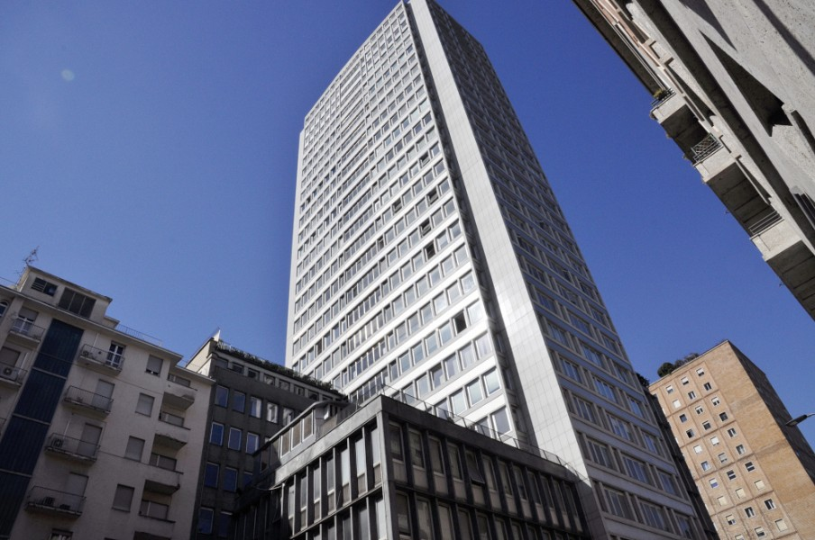 Recently renovated office space within the tallest skyscraper in Piazza della Repubblica