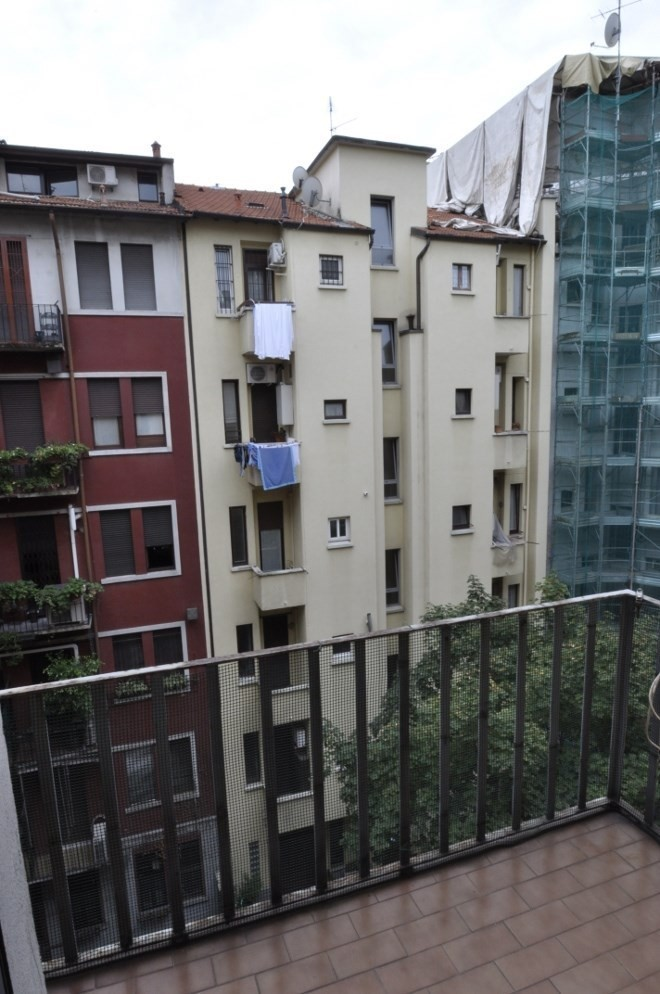 BocconiRent: Three Bedrooms Flat at few steps from Bocconi