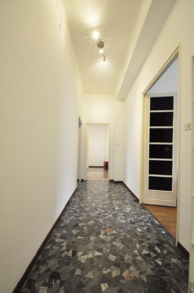 Marangonirent: Four Bedrooms Apartment few steps from Bocconi