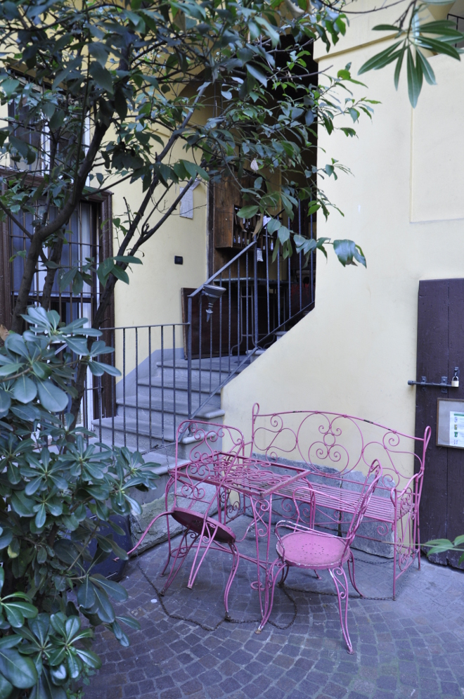 Marangonirent: One Bedroom flat in ancient courtyard