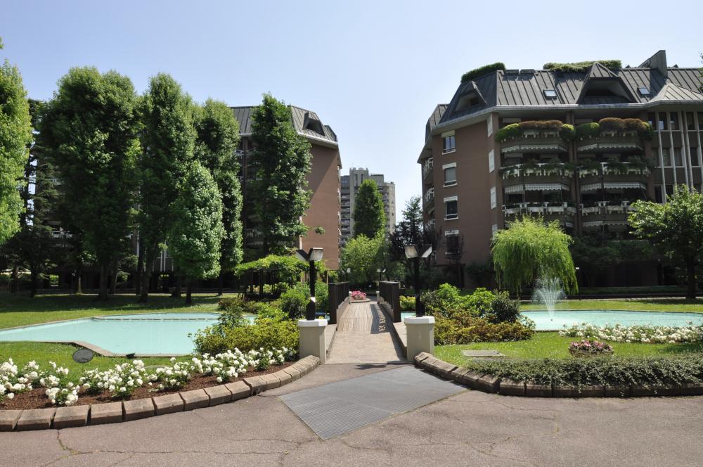 BocconiRent: Luxury Two Bedrooms flat in San Siro