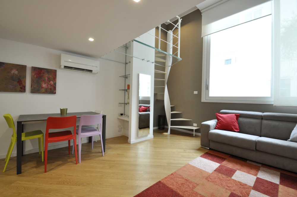 BocconiRent: Gorgeous One Bedroom Flat over two levels