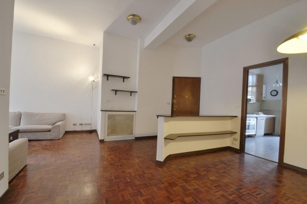 Marangonirent: Large three bedrooms flat in the heart of Brera