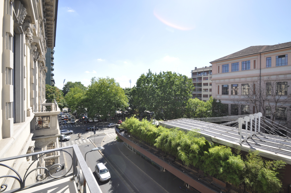 Office Rent Milan: Elegant Business Residence in the heart of Brera
