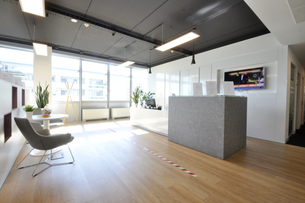 Office Rent Milan: Coworking and Business Residence located in Via Spadolini