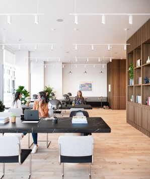 Office Rent Milan: Exclusive professional center few steps from Duomo