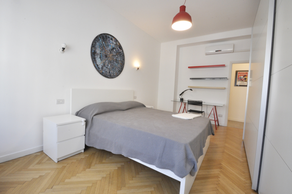 BocconiRent: Renovated two bedrooms flat next to Arco della Pace