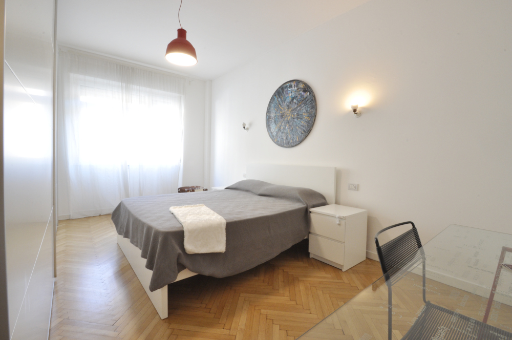 Marangonirent: Renovated two bedrooms flat next to Arco della Pace