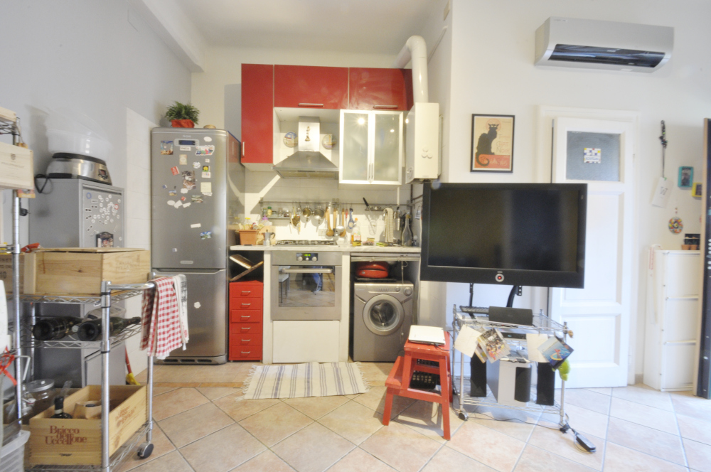 BocconiRent: One Bedroom flat in traditional