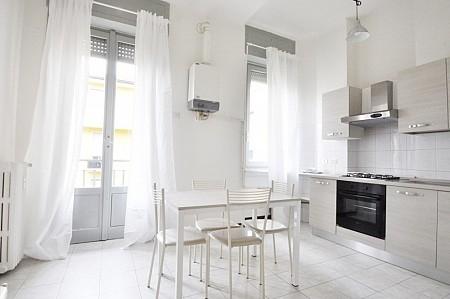 Marangonirent: Three Bedrooms Flat at few steps from Bocconi