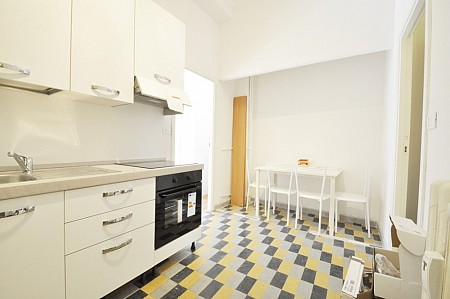 Marangonirent: Renovated and furnished Two Bedrooms flat in Corso Italia