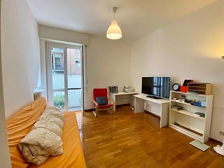 Marangonirent: Two Bedrooms flat with living room  in Tortona