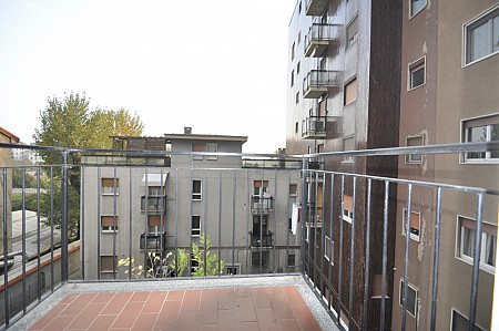 Elegant One Bedroom flat with separate kitchen