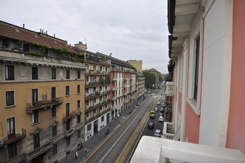 Four Bedrooms Apartment few steps from Bocconi