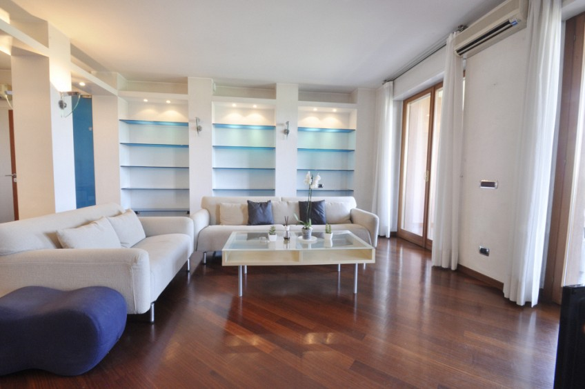 Luxury Two Bedrooms flat in San Siro