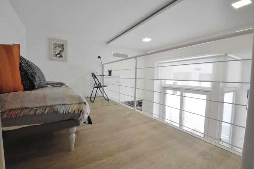 Luxury One Bedroom flat with lofted studio space