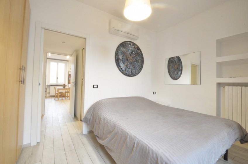 Top floor one bedroom in Porta Venezia